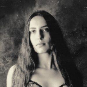 Karolina Laskowska about photo by Jenni Hampshire
