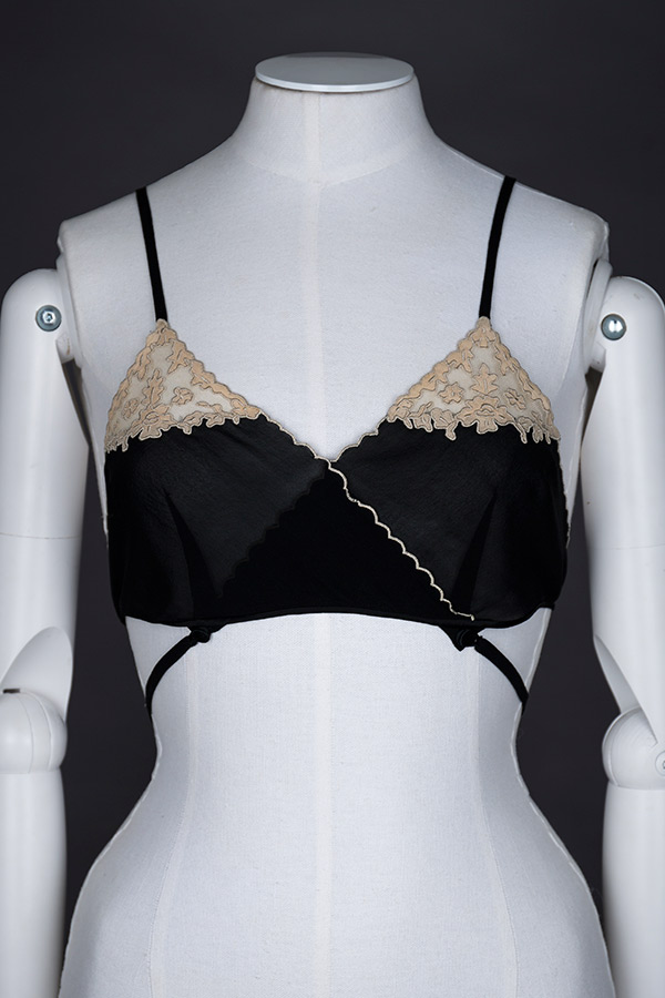Kestos-style black silk and lace bralet Photography by Tigz Rice Studios The Underpinnings Museum