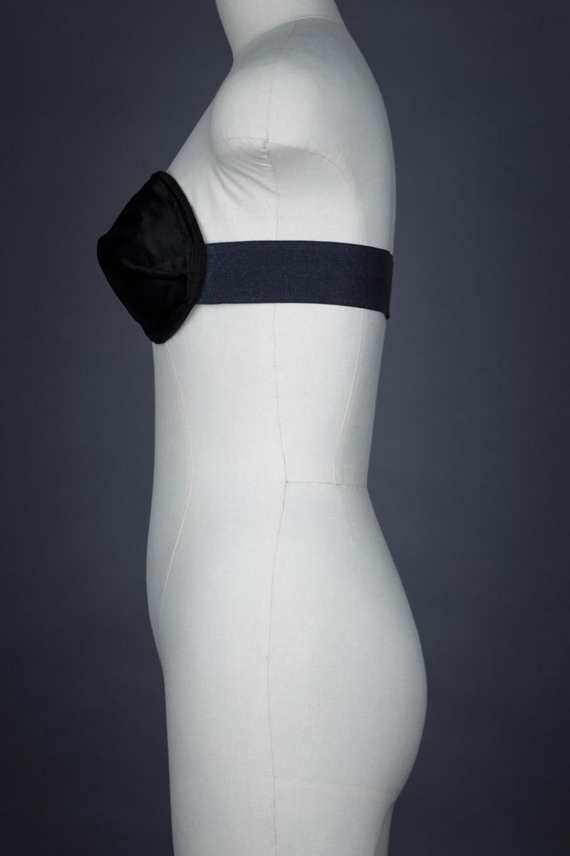 Infinity monowire strapless bra, c. 1950s The Underpinnings Museum shot by Tigz Rice Studios 2017