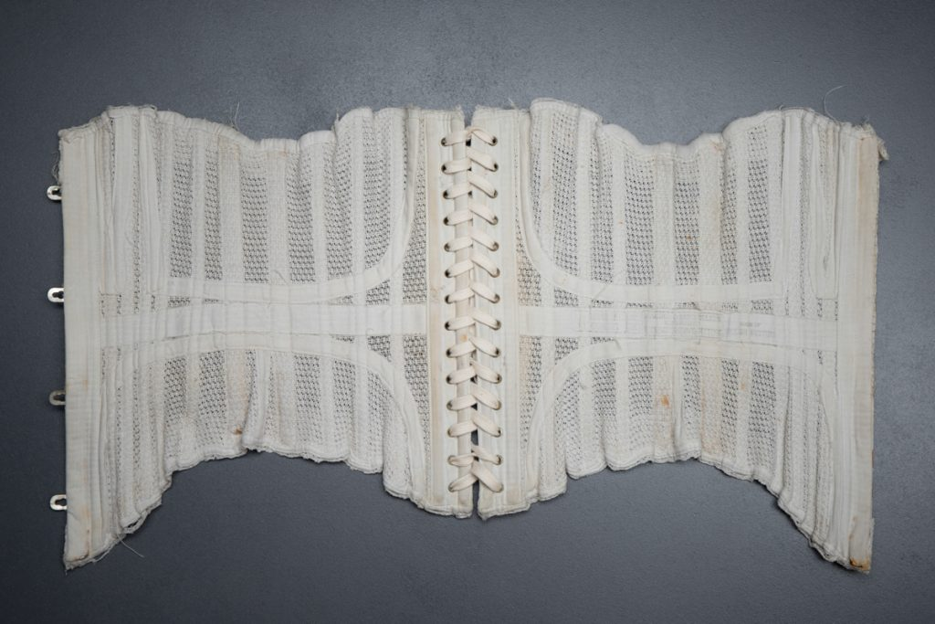 'Langdon & Batcheller's Genuine Thomson's Glove Fitting' Corset, 'Made of English Netting', c. 1902, USA. The Underpinnings Museum. Photography by Tigz Rice