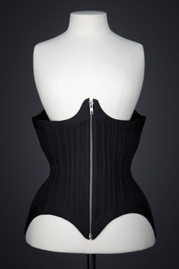 Black Moon corset by Grace Horne. The Underpinnings Museum. Photography Tigz Rice