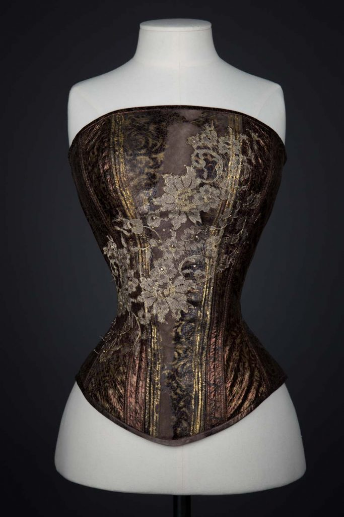 Pearls Of Wisdom leather overbust corset by Julia Bremble. The Underpinnings Museum. Photography by Julia Bremble