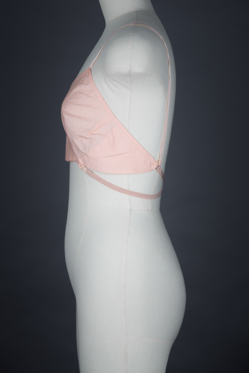 'High Line' CC41 Cotton Bra By Kestos, c. 1941, Great Britain. The Underpinnings Museum. Photography by Tigz Rice