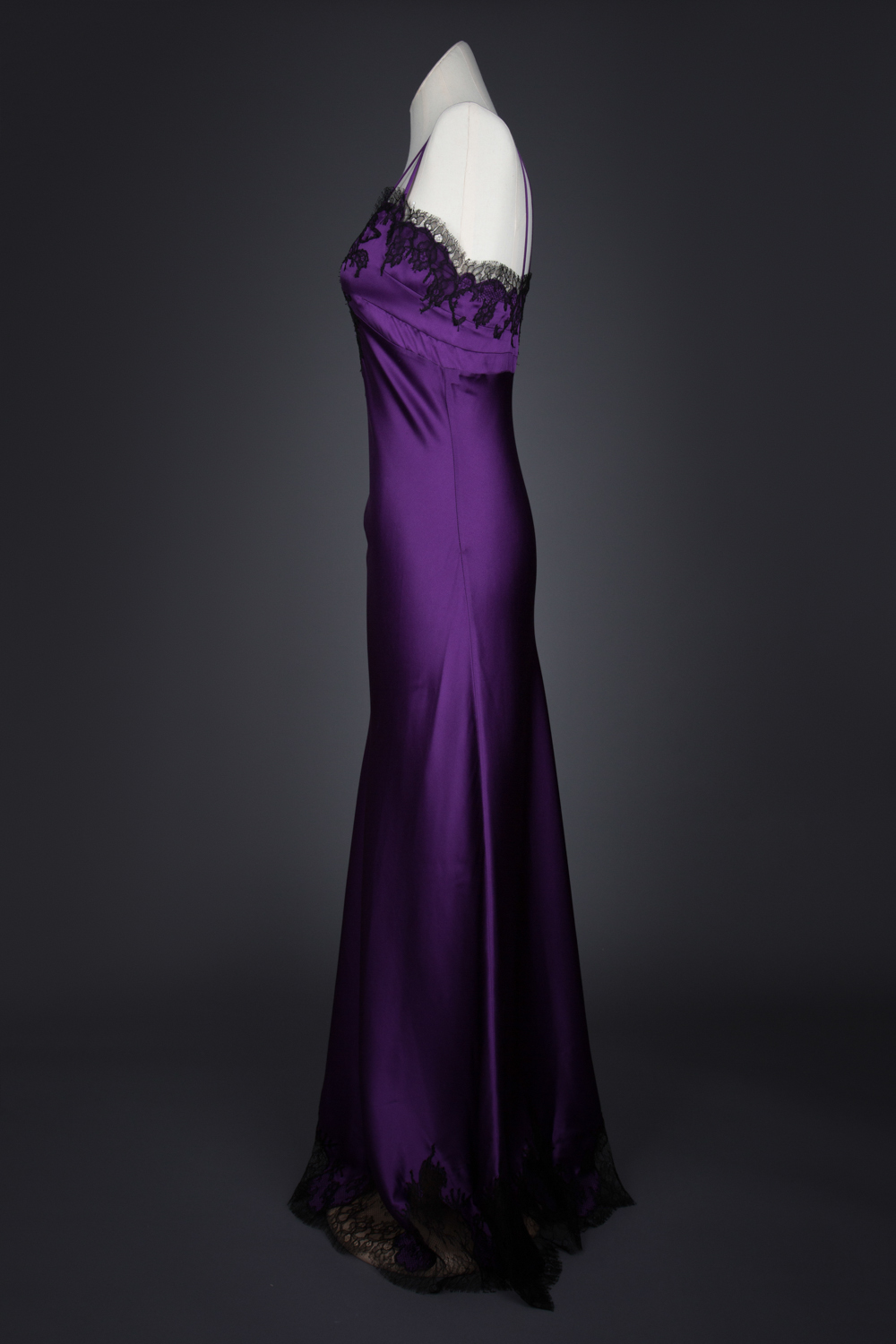 'Amilee' Silk Gown With Lace Appliqué by Layneau, c. 2014, USA. The Underpinnings Museum. Photography by Tigz Rice.