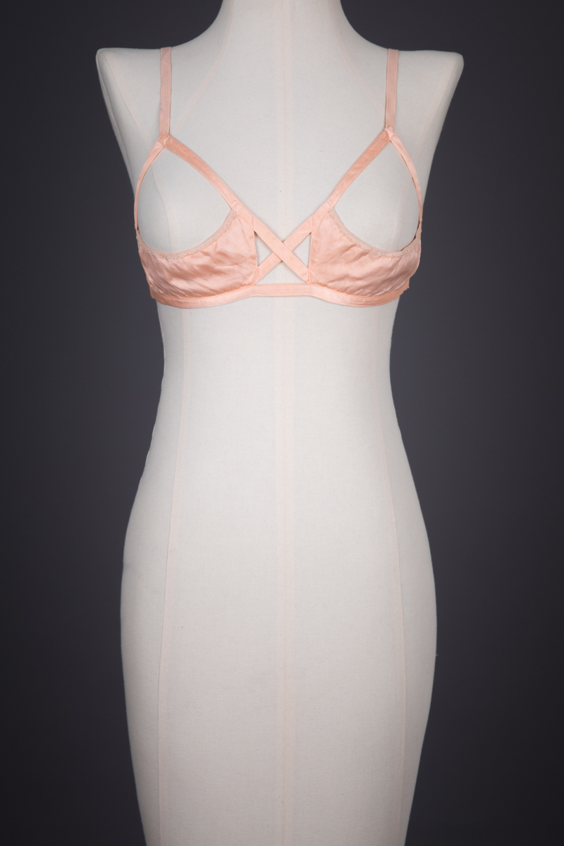 Rayon Satin & Elastic Sling Bra By Tre-Zur, c. 1930s, USA. The Underpinnings Museum. Photography by Tigz Rice.