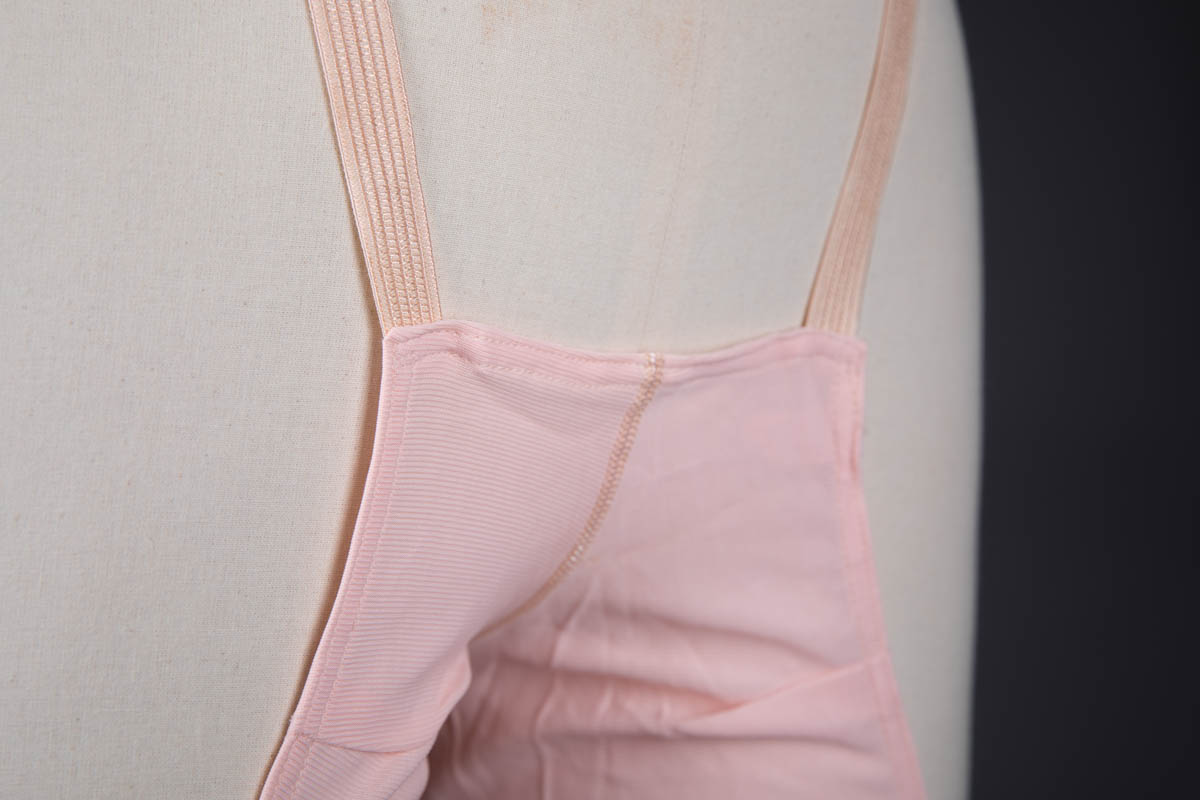 'Hi-Front Nu-Wa Pantlet' - Celanese Rayon Anti-Chafing Knickers, c. 1930s, USA. The Underpinnings Museum. Photography by Tigz Rice