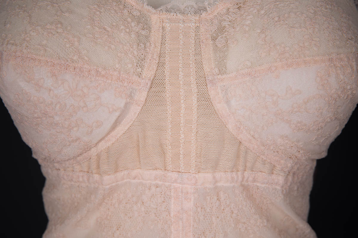 Tea Rose Machine Lace & Stretch Mesh Longline Bra By Cadolle, c. 1950s, France. The Underpinnings Museum. Photography by Tigz Rice