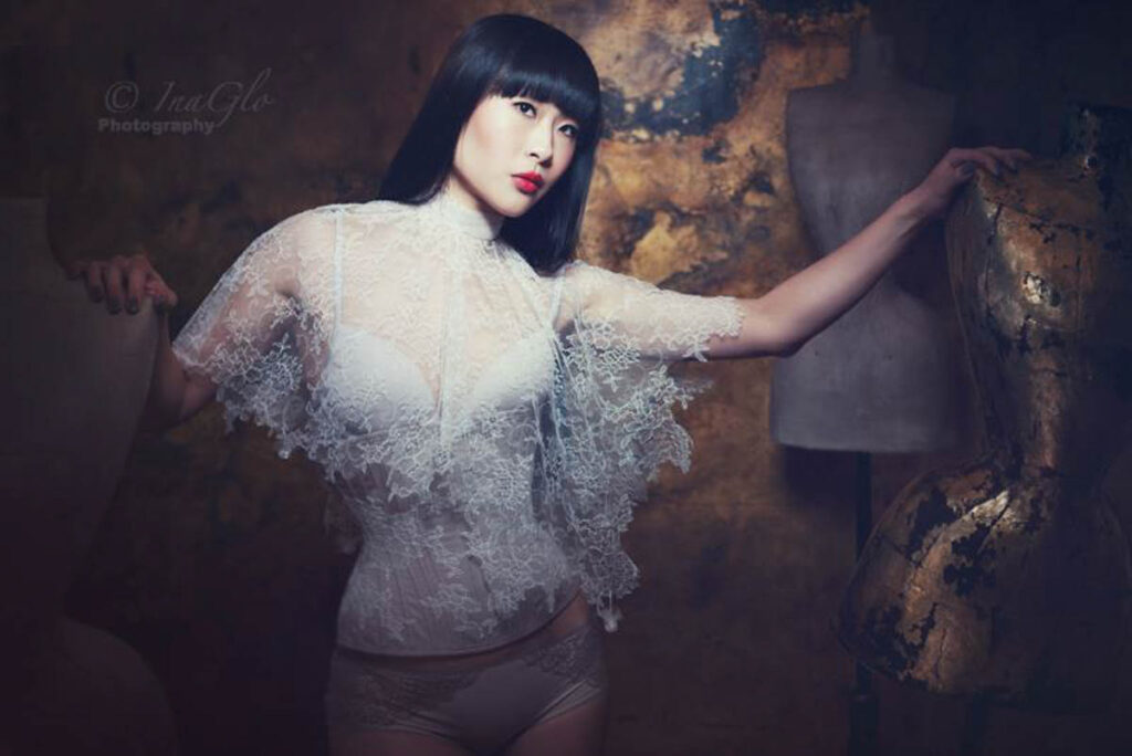 'Inky Spring Sparkle' Lookbook by Sparklewren, 2014. Photography by InaGlo Photography. Modelled by Tingyn.