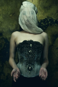 'Pyrite' corset by Sparklewren, photography by Jenni Hampshire