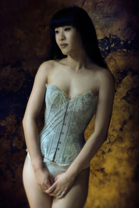 'Soft Dove' corset by Sparklewren. Modelled by Tingyn, photography by Jenni Hampshire