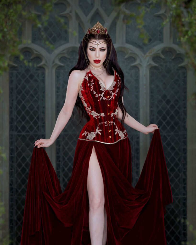 Corset by Waisted Creations Photography by Threnody In Velvet