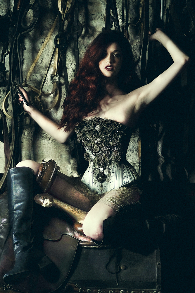 'Pyrite' Corset by Sparklewren. Modelled by Helen Teiman. Photography by Jenni Hampshire